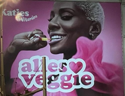 Nikeata Thompson als Billboard für Katjes
